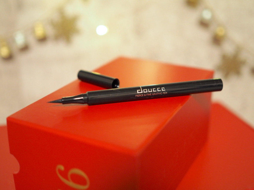 Doucce Fierce and Fine Graphic Pen