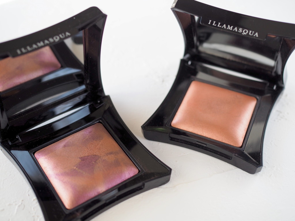 Illamasqua Beyond Powder - Risqué & Dare