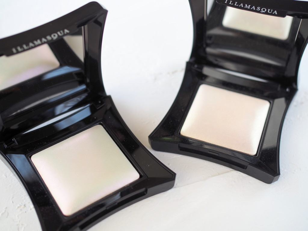 Illamasqua Beyond Powder - Daze & Deity