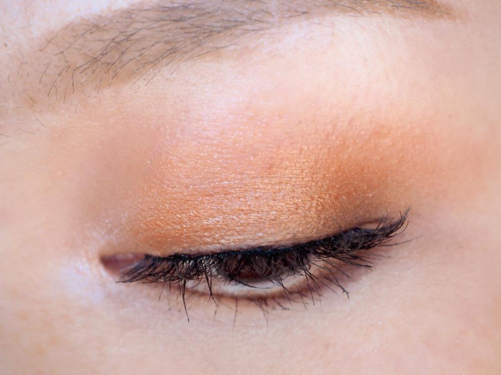 Sigma Warm Neutrals Volume 2 Eyeshadow Palette Look1